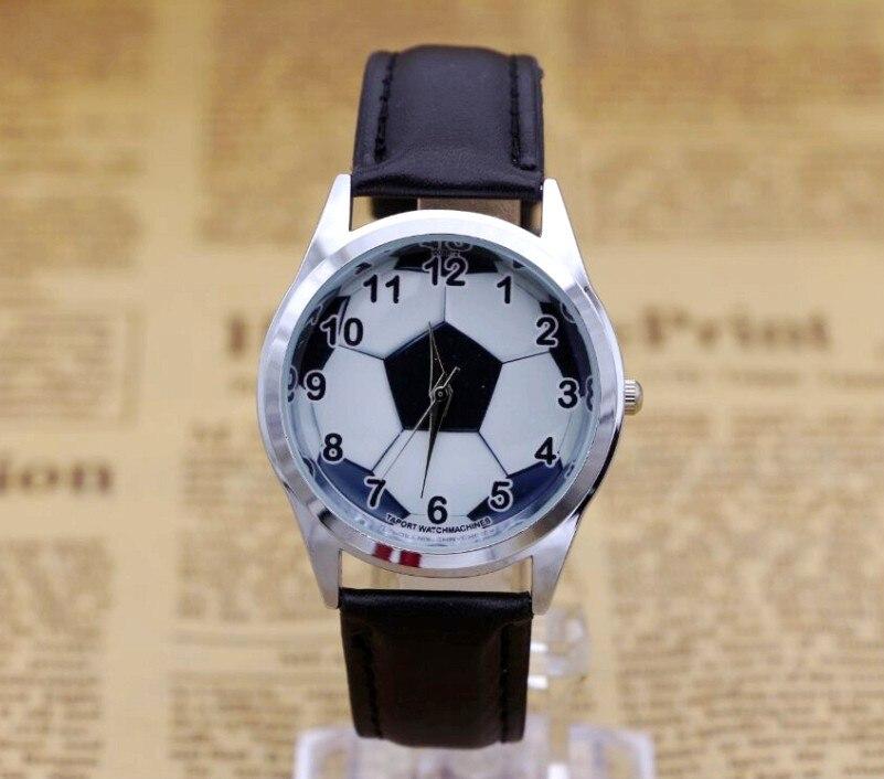 2017 Hot Sale Football BOYS Cartoon Watch Fashion Lovely Girl Children Watches PU Strap Quartz Wristwatch Kids Dress Clock