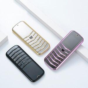 Image 3 - נעילה V03 בר יוקרה Bluetooth חיוג מתכת גוף עור בכיר Dual sim טלפון נייד סופר אות GSM בר רוסית דק ישן טלפון