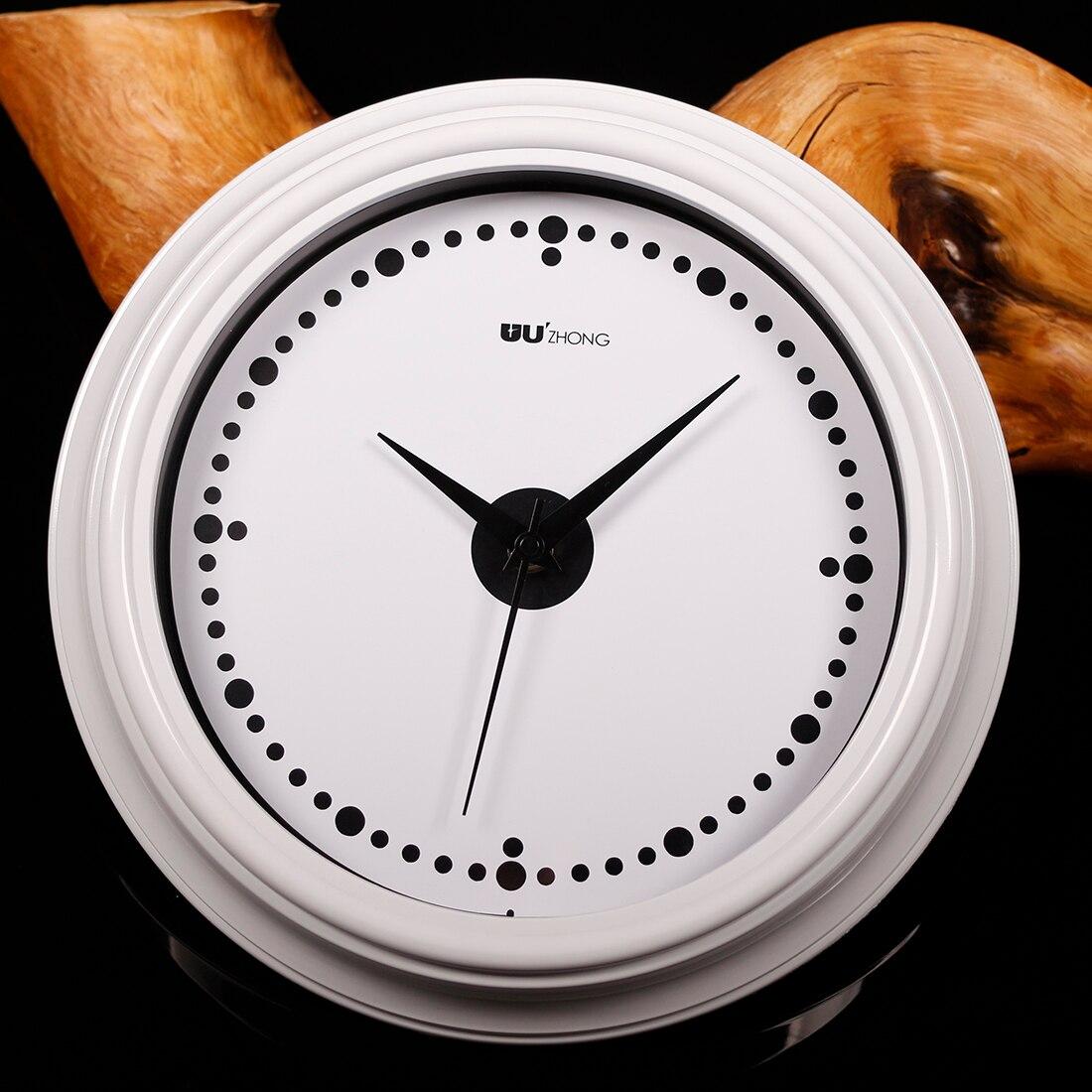 New Hot Brief European Style Mute Wall Clock Quartz Modern Design Bedroom Livingroom Hanging Clocks Home Decor Vintage Modern