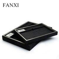 FANXI negro Suede joyería presentación bandejas al por mayor borde metálico collar anillo bandeja de la exhibición