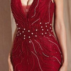 Image 4 - Şarap kırmızı balo kıyafetleri lüks boncuk şampanya Mermaid kolsuz dantel V boyun Backless uzun kat uzunluk zarif abiye giyim