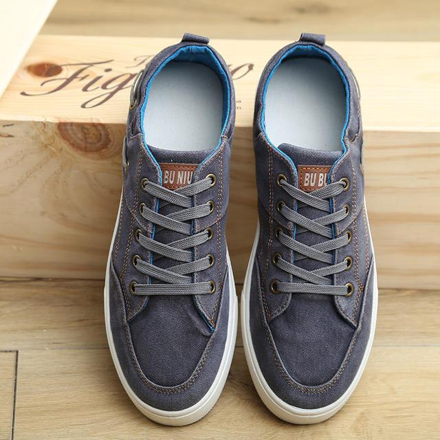Canvas shoes men sneakers 2018 New Arrivals Spring fashion denim flat shoes men lace-up tenis skateboard men shoes