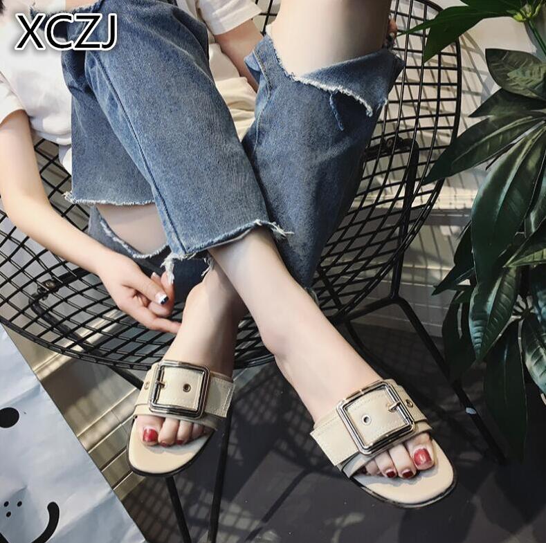 XCZJ 2018 new slippers female summer fashion students wild wear side buckle sandals flat slip sand beach word drag