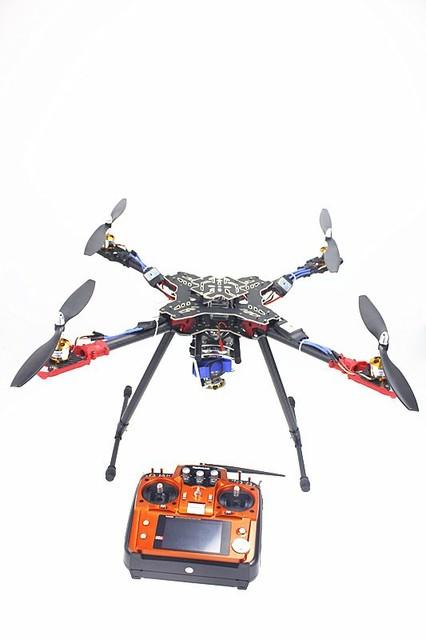 Rack dobrável RC Quadcopter RTF com Câmera AT10 Transmissor QQ Motor ESC Hélice Flight Control Gimbal F11066-C