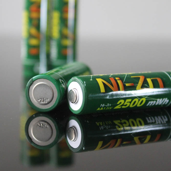 8 pièces 2500MWH NI Zn 1.6V AA batterie rechargeable batteries + chargeur intelligent-in Batteries rechargeables from Electronique    3