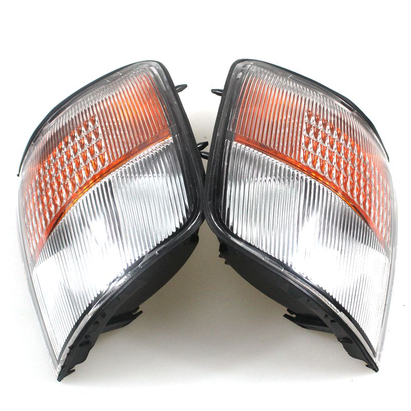 LARBLL New 2PCS Front Corner Turn Signal lamp Light for Mitsubishi Pajero Montero 1993 1996 MR124957