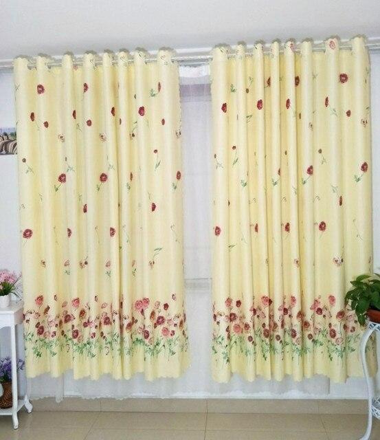 Les rideaux dans la cuisine porte cortinas pour la vie chambre à ...