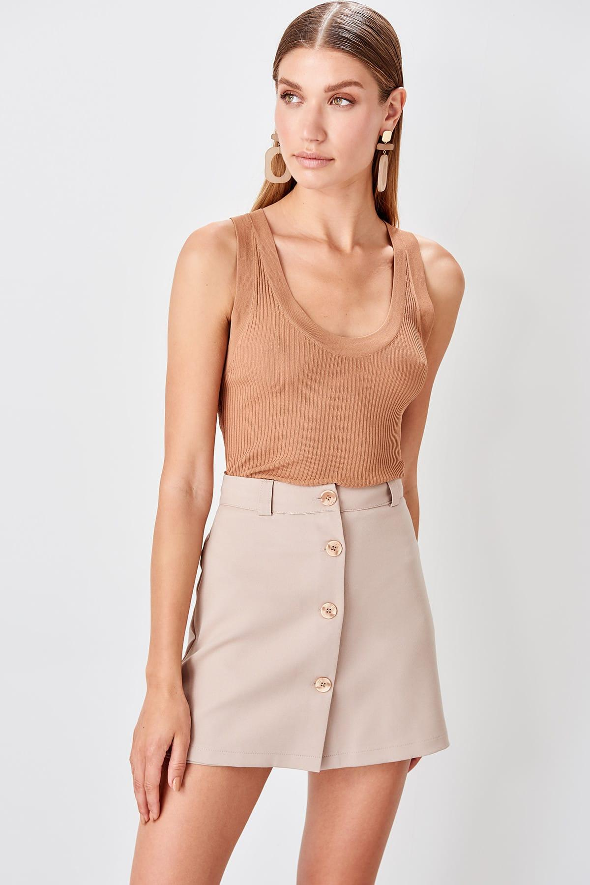 Trendyol Beige Button Detail Shorts Skirt TWOAW20SR0009