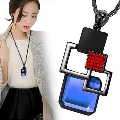 Vintage fashion Gun black Hollow Geometric Big Crystal Stone Red rhinestones Pendant Necklace Fine Jewelry for women personality
