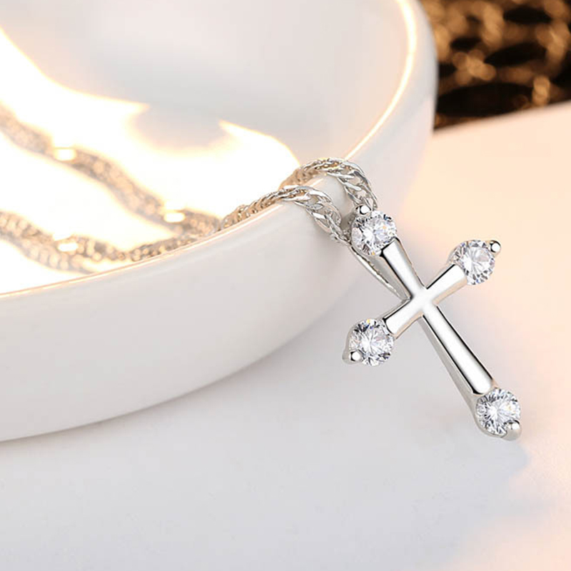 Fashion Cubic Zircon Cross Pendant Necklaces For Women Silver Color Cross Choker Necklaces Jewelry Drop Shipping