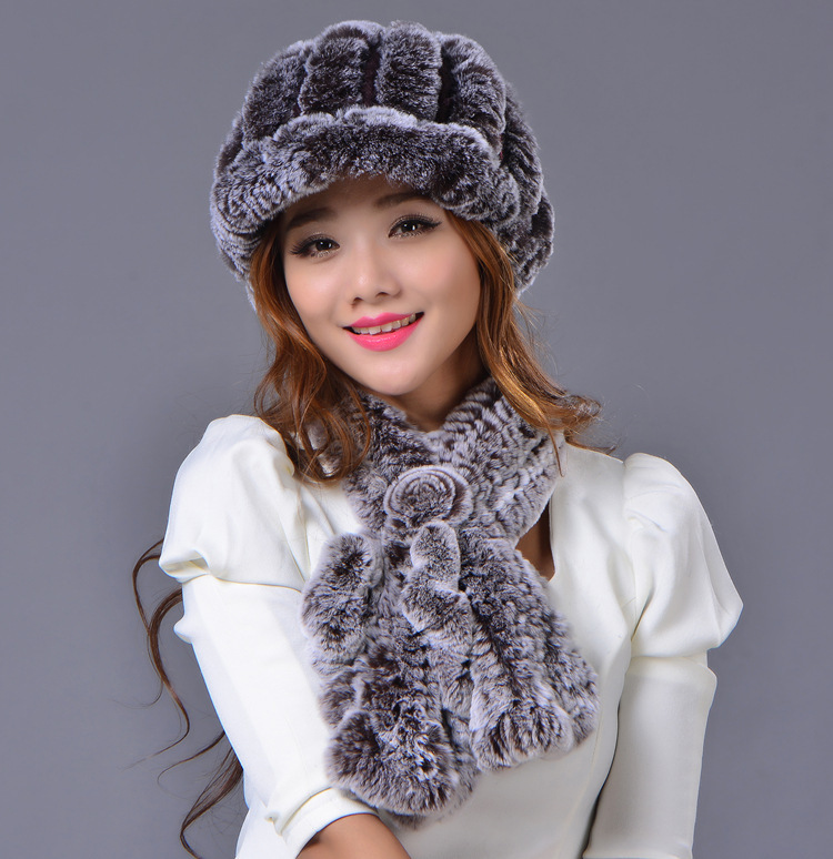 Rex rabbit fur hat scarf scarf to keep warm in autumn and winter the peaked cap set rabbit hair lady autumn winter new weaving small pineapple fur hat in winter to keep warm very nice and warm comfortable
