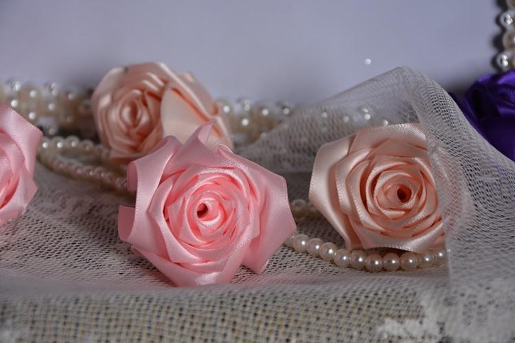 varm försäljning Handgjord Rose Silke Satin blomma kronblad - Bröllopstillbehör - Foto 2