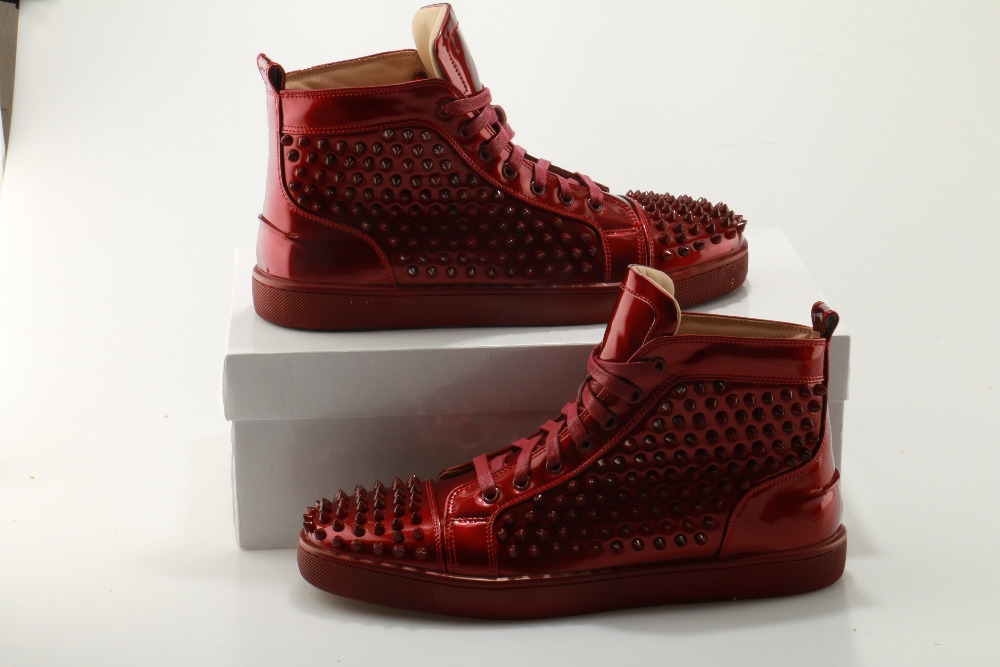 Casual Verni Mocassins Cuir Design Spikes Nouveau Zapatoshombre Clouté Hommes Lacets De Vin Étoiles Rivet Chaussures Svonces En Gamme Haut À HE9IW2DY