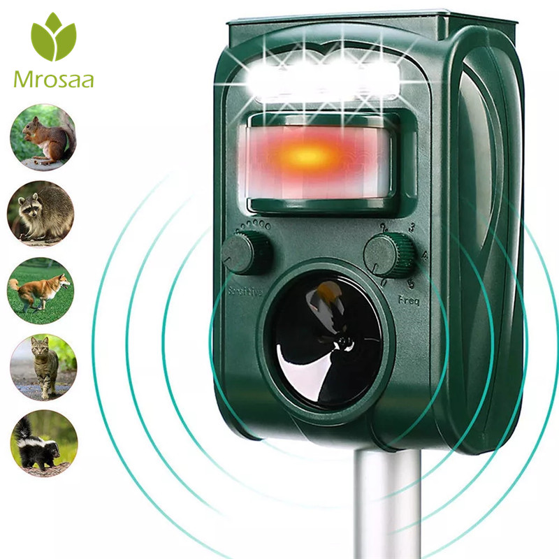 Garden Solar Powered Ultras onic Outdoor Animal Repeller Motion Sensor Flash Light Dog Cat Raccoon Rabbit Animal Dispeller