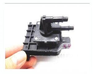 Image 2 - Подлинная новая канистра соленоидный Вакуумный датчик клапана для Volkswagen Audi OEM 701906283 701 906 283
