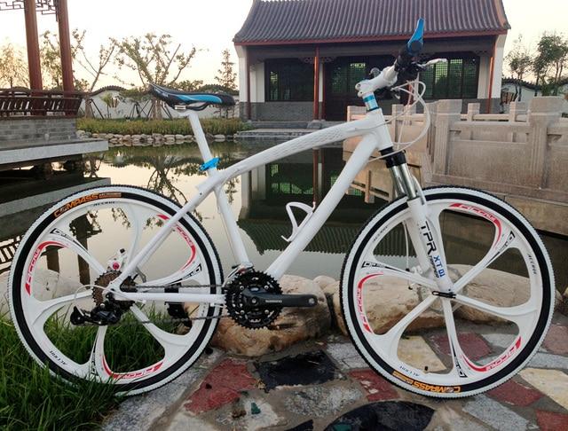 acb372782a4 26*17 inch aluminium alloy frame bicycle bicicleta mountain bike 21 speed  disc brakes tall man MTB road bike