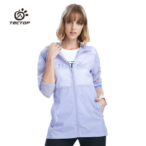Tectop Открытый летние женские с капюшоном для защиты от солнца Куртки длинные пальто кожи легкая дышащая водонепроницаемый тонкая ветровка