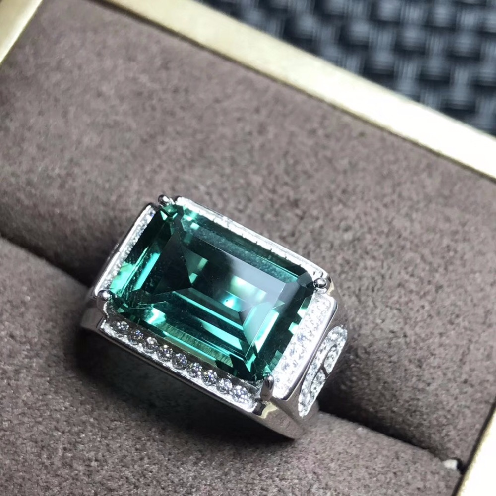 Natural green crystal ring men s ring beautiful atmosphere 925 silver beautiful effect in kind shooting
