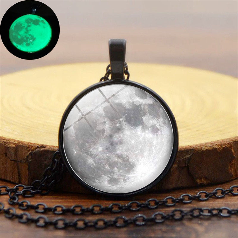 XUSHUI XJ Glow In The Dark Gray Moon Glass Cabochon Pendant Necklace Retro Luminous Jewelry Black Chain Necklace Women Gift 2017
