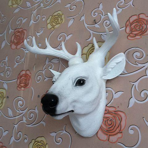 Nordic Simple Modern Statue Trumpet Deer Head Wall Hanging Resin