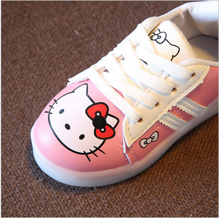 New-2017-Cool-LED-Lighted-Kids-Shoes-Fashion-SpringAutumn-Boys-Girls-Child-KT-Sneakers-Lovely-Baby-Lunimous-shoes-3-colors-4