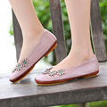 Handmade vintage women flats comfortable slip on loafers women leather shoes Casual with flowers