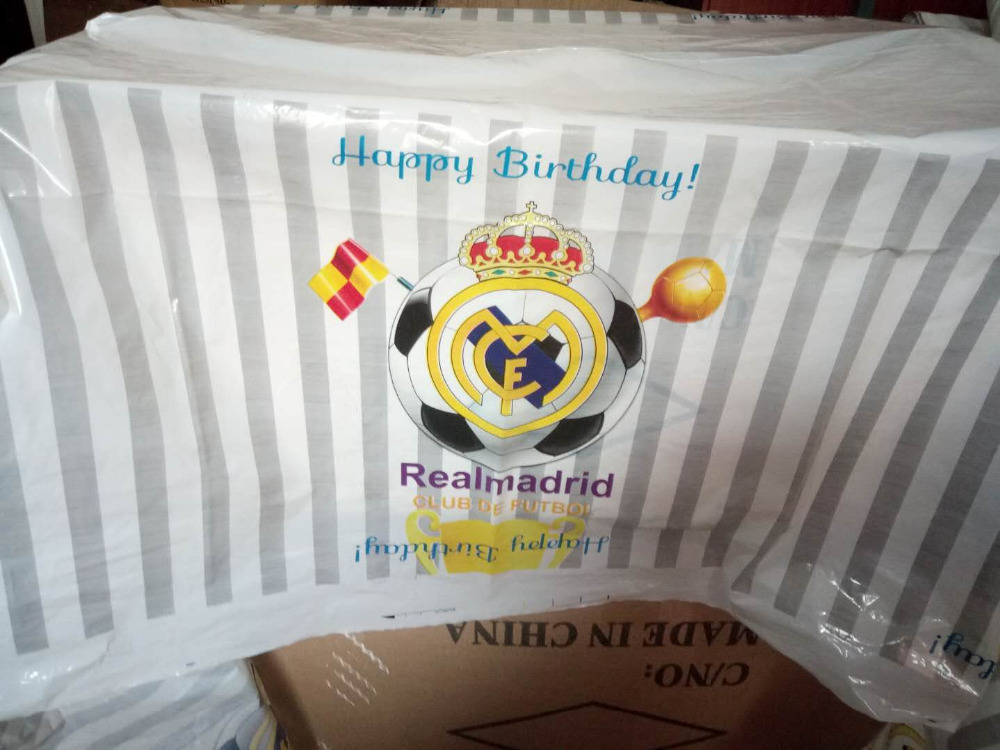 108 180cm Birthday Party Decorations Disposable Plastic Tablecloth