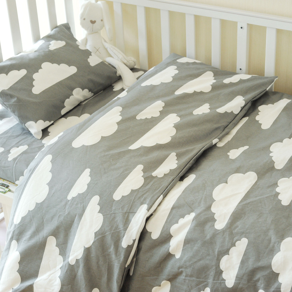 3pcs set Cute clauds baby crib bedding set Nursery bedding Set pillow case bed sheet duvet