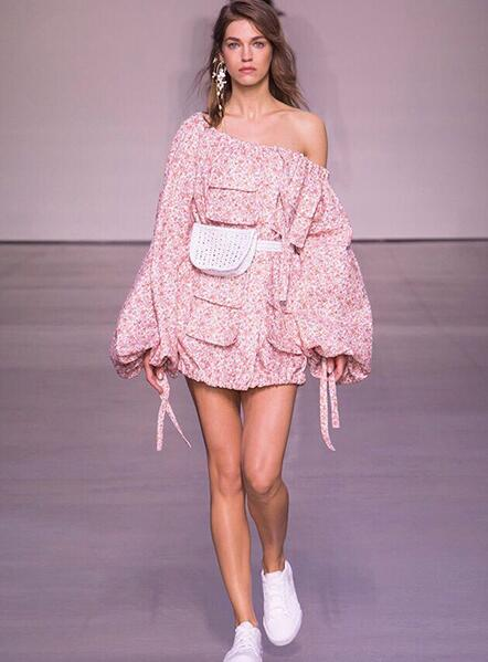 5e5718789bb02 US $179.0 |2018ss Fashion Runway Pink Print RADIATE SKATER SHIRT DRESS  Linen oversized button up breast pockets drawstring cuff neck Tited-in  Dresses ...