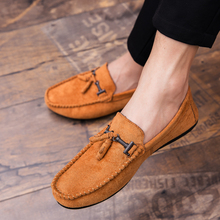 Summer Men Loafers Genuine Leather Casual Shoes Fashion Slip On Driving Shoes Breathable Moccasins Green Suede Loafers цена в Москве и Питере