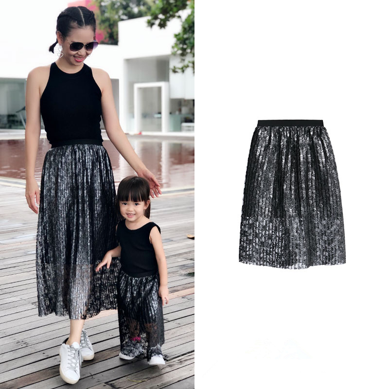 Parent-child Girl Dress Net Red Fashion Silver Process Beautiful Lace Pleated Dress TutuParent-child Girl Dress Net Red Fashion Silver Process Beautiful Lace Pleated Dress Tutu