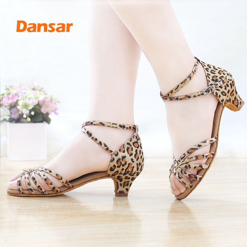 High Quality New Arrival Wholesale Girls Children Women Kids Ballroom Tango Salsa Latin Dance Shoes Low Heel Shoes