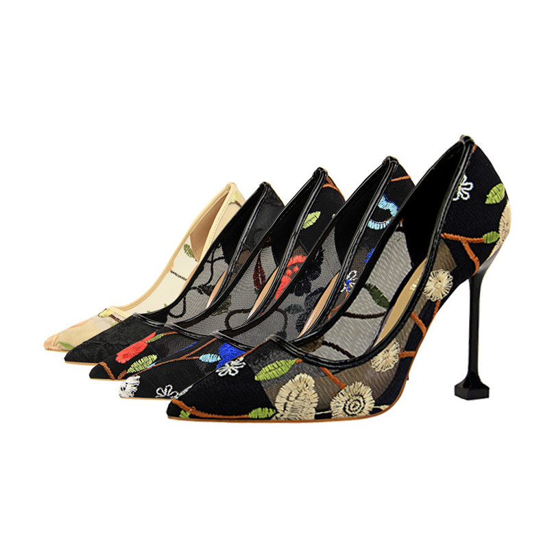 New Style Fashion Women Pumps Embroider Net Yarn High Heels Shoes Sexy Thin Pointed Single Shoes Floral Wedding Shoes scarpe S