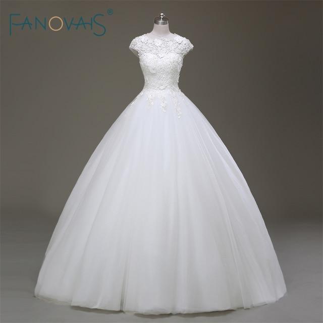 9ade87f2f الكلاسيكية أسلوب بسيط الأبيض الزفاف فساتين زفاف كاب كم طويل يزين باليد مطرز  الكرة بثوب مع