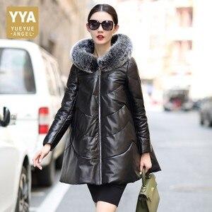 Image 1 - 2020 Loose נשים עורות כבשים מעיל כובע מעיל נשי נשים חורף למטה מעילי עור אמיתי מעיל גבירותיי מעילים בתוספת גודל M 4XL