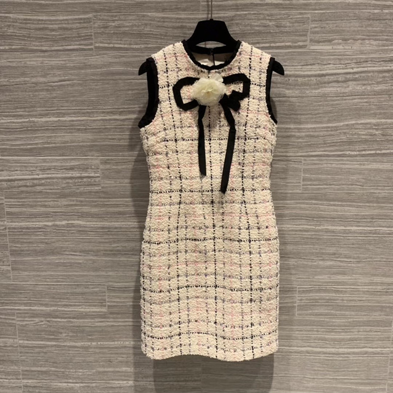 2018 O neck woman flower appliqued sleeveless tweed dress