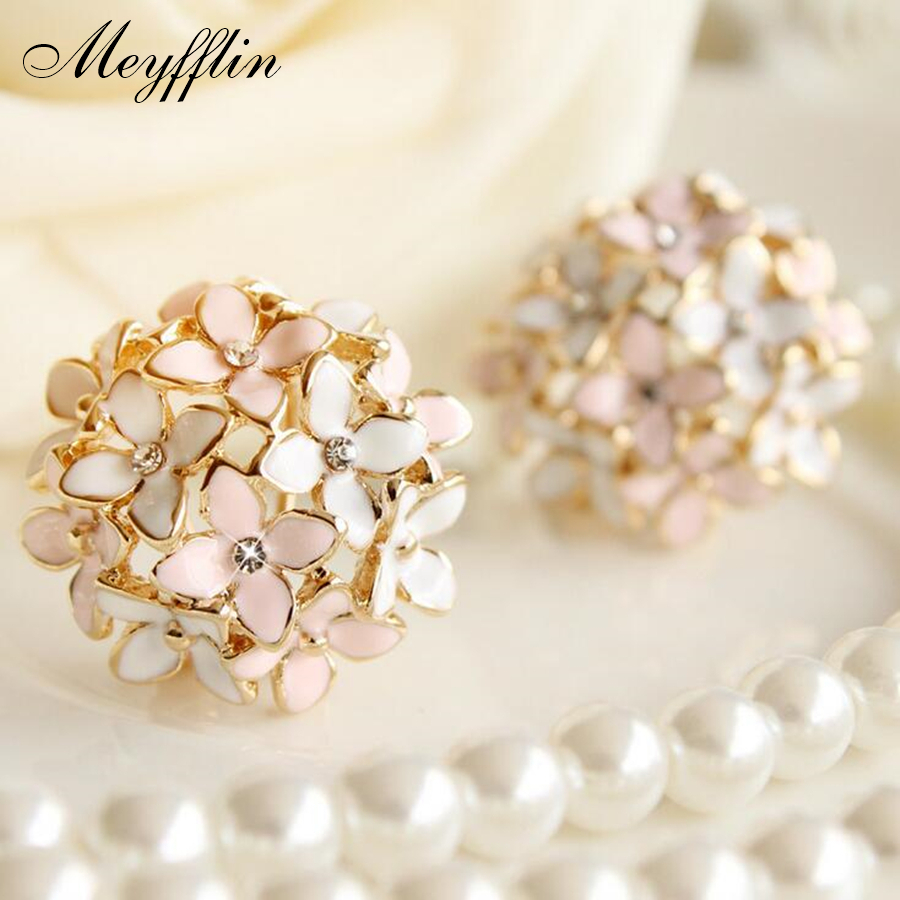 Stud Earrings for Women Female 2019 Boucle d'oreille Crystal Flower Clover Earring Gold Bijoux Jewelry Brincos Mujer(China)