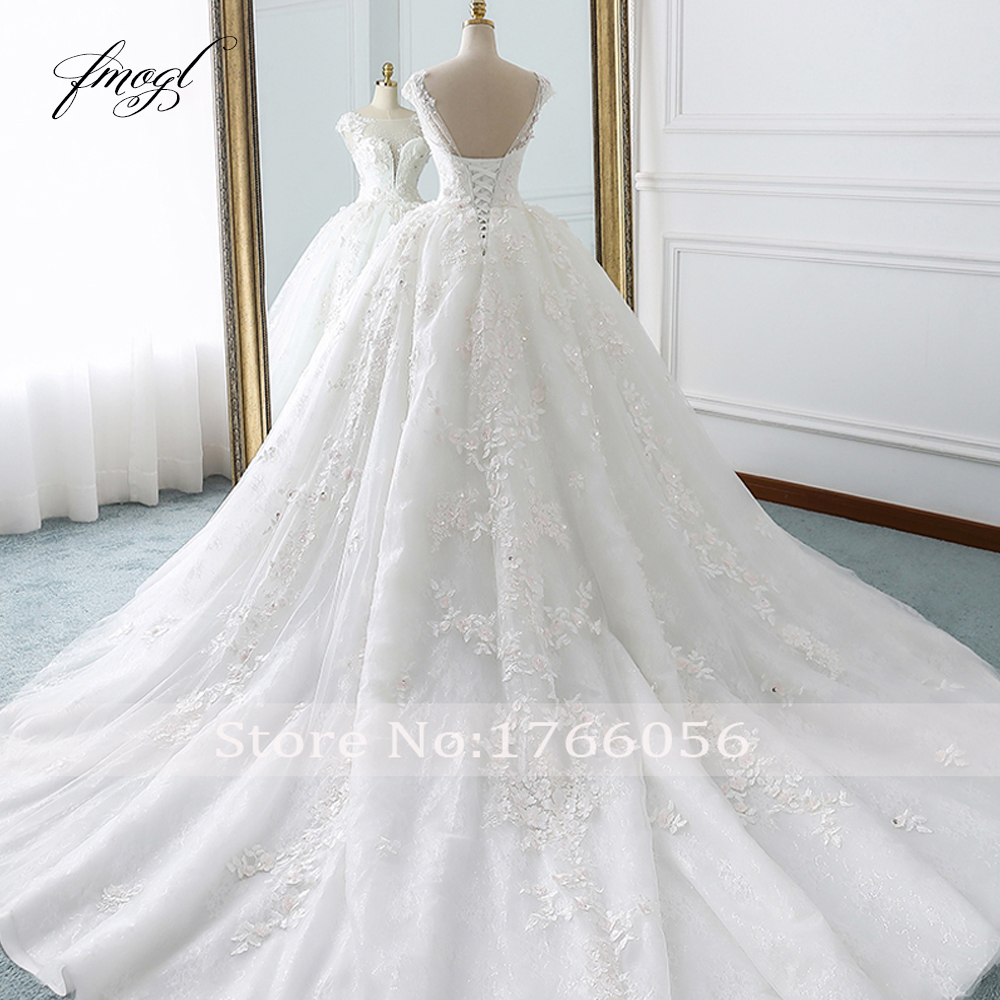 Image 2 - Fmogl Vestido De Noiva Princess Ball Gown Wedding Dresses 2019 Appliques Beaded Flowers Chapel Train Lace Bridal Dress-in Wedding Dresses from Weddings & Events