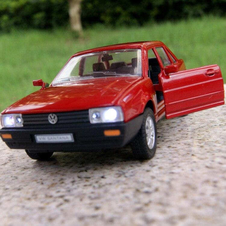 Regalo para el niño 1:32 14.2 cm Volkswagen Poussan coche Santana souvenir vehíc