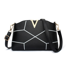 Women's bag new package ladies Europe and the United States shoulder bag Messenger bag PU camera small square bag