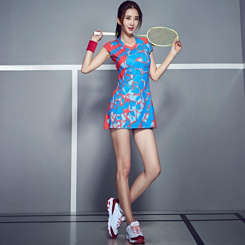 Printemps été robe de Badminton femmes vêtements de Tennis costume Sport au-dessus du genou mince filles vêtements d'entraînement avec des Shorts de sécurité