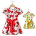 Vestidos de meninas verão de 2017 apple vestido de impressão do bebê crianças breif algodão tripulação pescoço vestido de algodão na altura do joelho-comprimento da manga sopro roupas