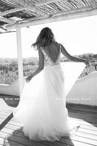 Image 5 - Clássico a line estilo applique floresce v decote sheer corpete vestido de noiva perfeito para dança praia vestido de noiva