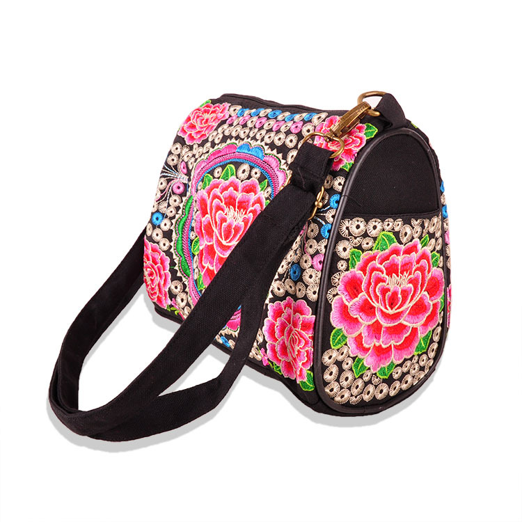 Newest National Women's bags!2016 Nice embroidered embroidery Shoulder&cross-body Bags Hot mobile bags Women shopping carry bag carhartt cross body carry all