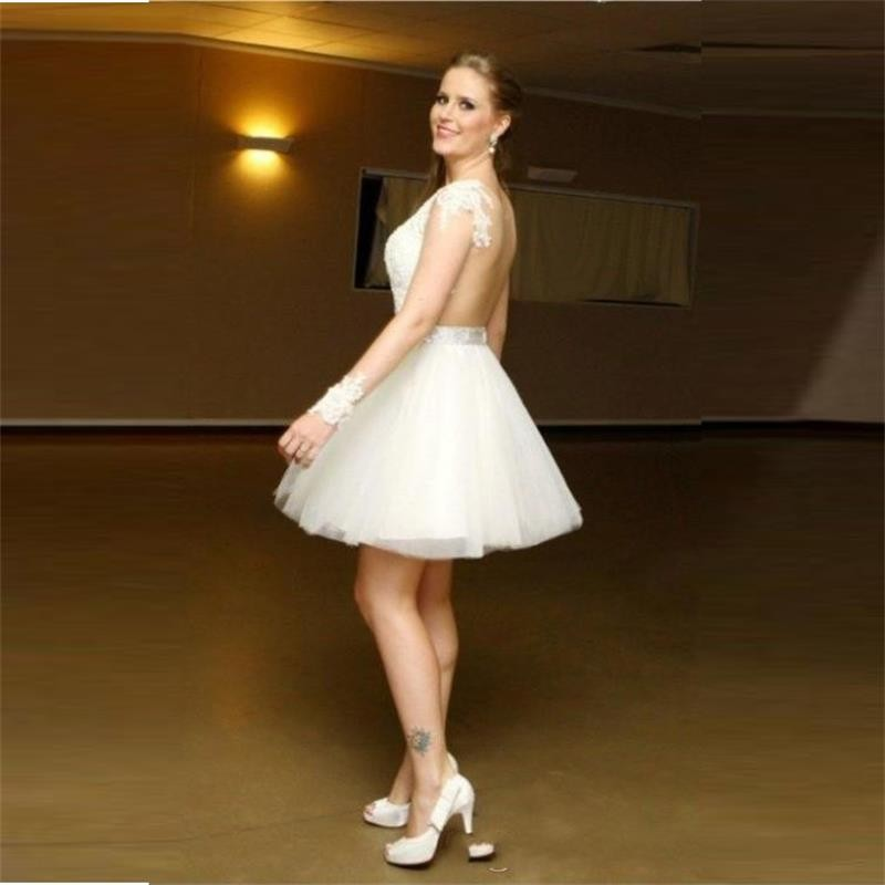 2016 Wedding Party Dresses with Long Sleeves Homecoming Dresses Sheer Backless Cocktail Dresses V Neck Beaded Appliques Short Prom Dresses (2)_conew1