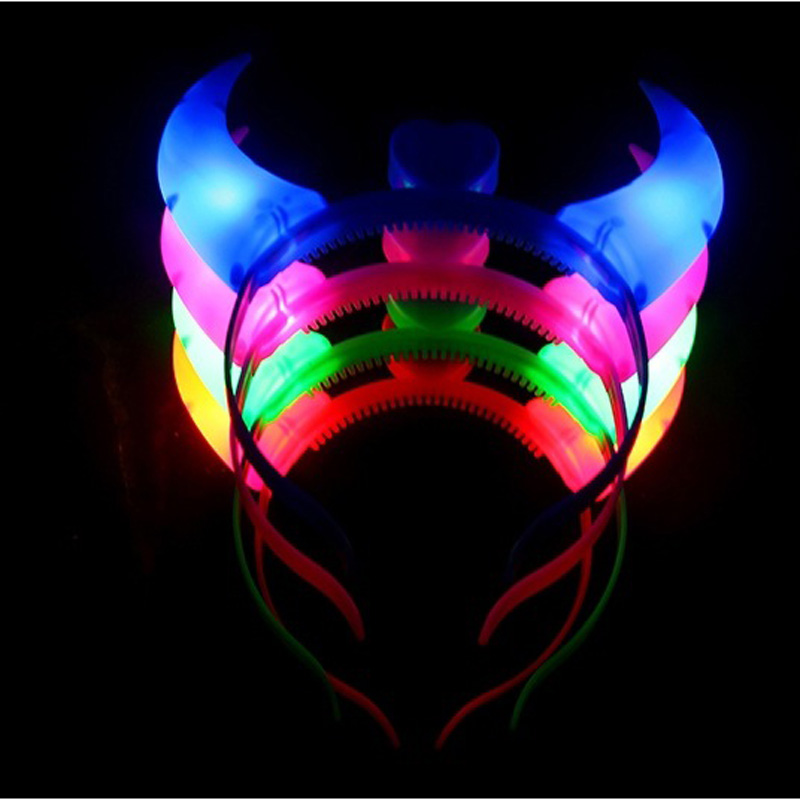 10Pcs/Lot 2016 new light-emitting horn concert Christmas party Halloween birthday kids practical jokes Toys image