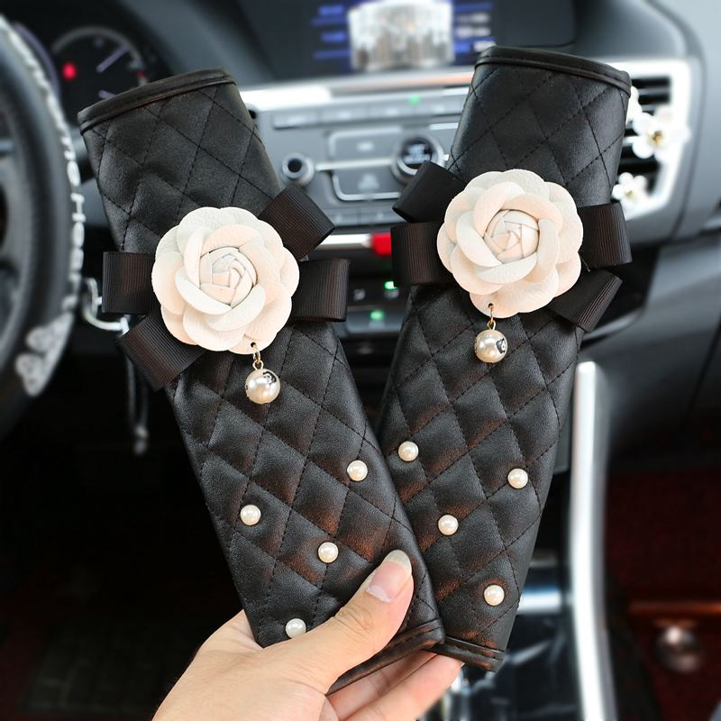 2pcs Camellia Flower Crystal Car Safety Belt Cover Seat Harness Shoulder Pad Car Styling Women Rhinestone Seatbelt Cover