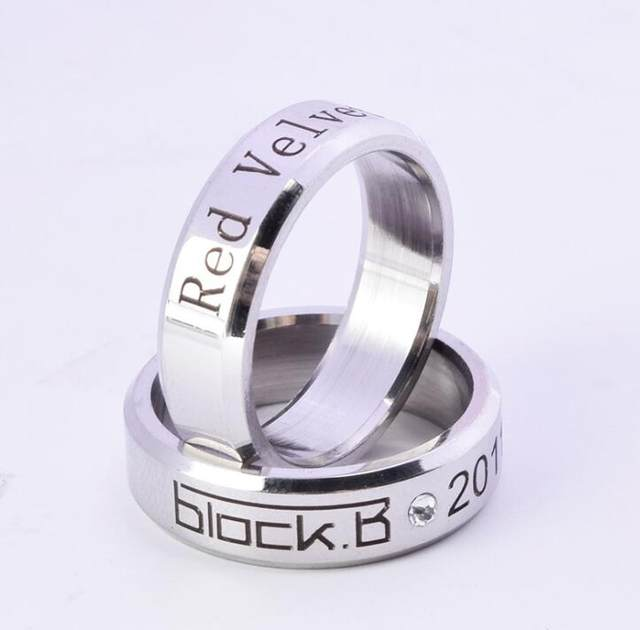 Kpop Block B Korean stars Red Velvet SHINEE Ring action figure toys for  students,girl boy Toy Collection,H376