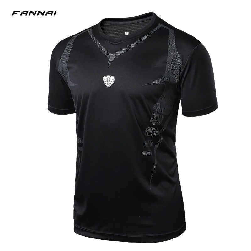 2019 Novos Homens Verão Desporto Futebol Tshirts Slim Fit GINÁSIO dos homens O-pescoço Curto-luva camisas Top t meninos M L XL 2XL ESPORTES Homens