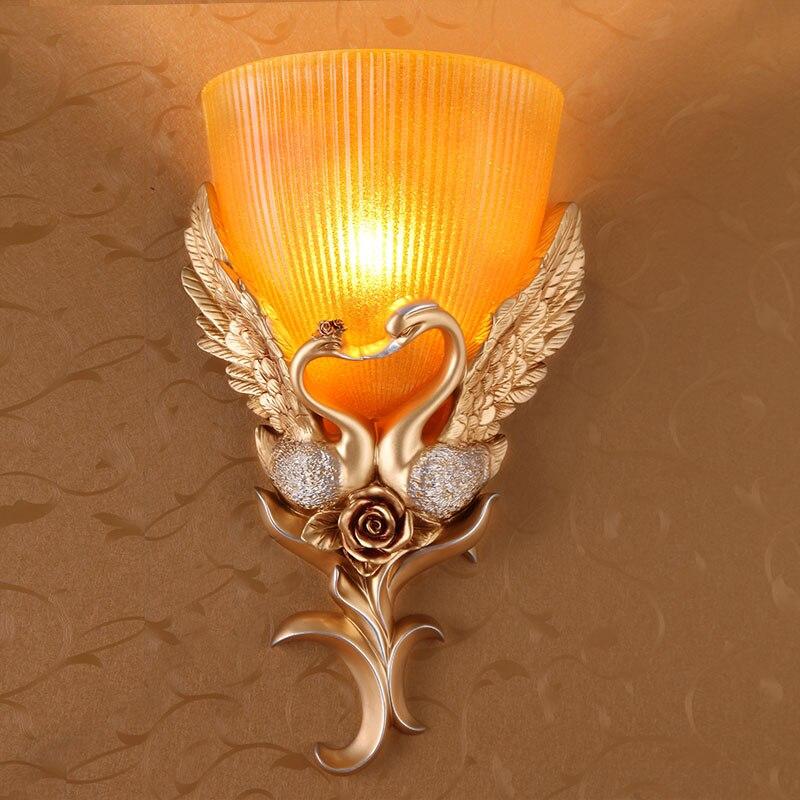 Европейский стиль ретро маленький лебедь настенный светильник лобби, спальня, дорожки, вход, ТВ украшения стены 220 В настенные светильники с